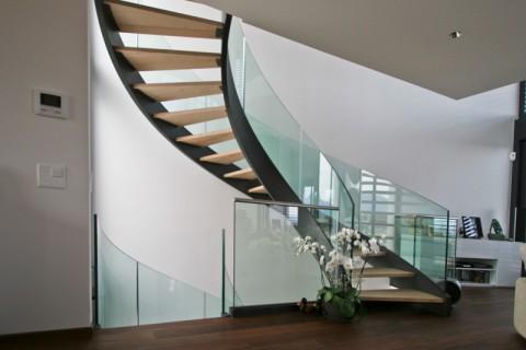 Escalier acier & verre