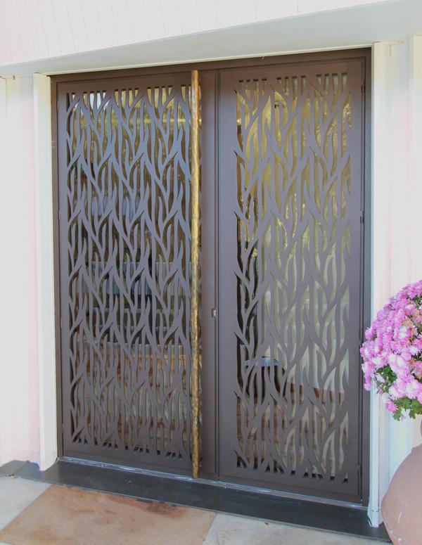 Porte de maison d corative en bronze verre et fer for Porte en fer et verre